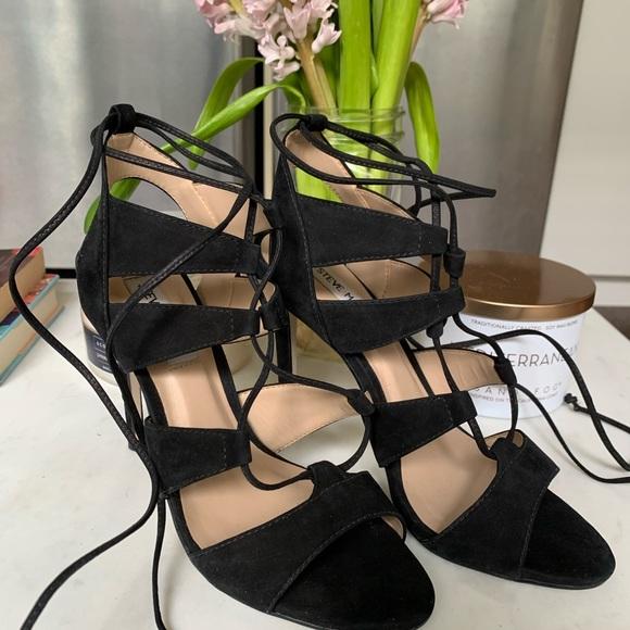 7.5 Steve Madden black suede heels